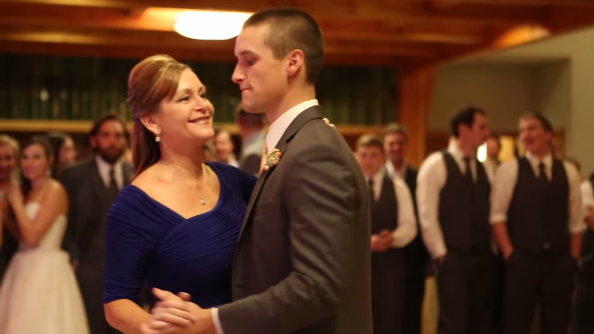 Mother Son Wedding Dance.Mother Son Wedding Dance Gives Guests One Special Surprise I Love